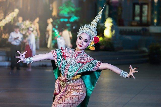 asijská tanečnice