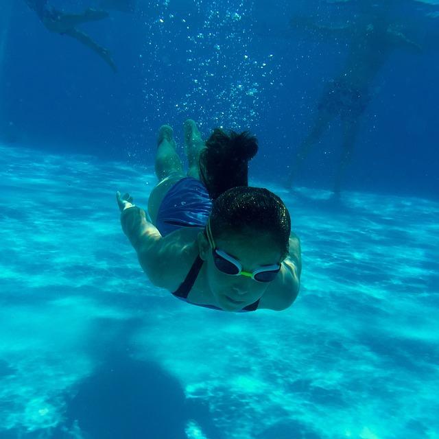 Plavání pod vodou